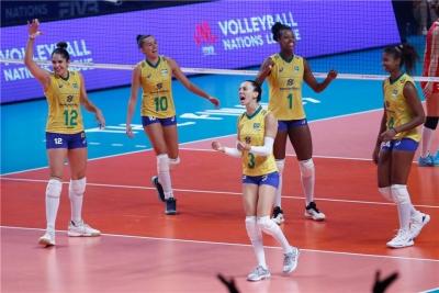 Brasil supera Turquia e está na final