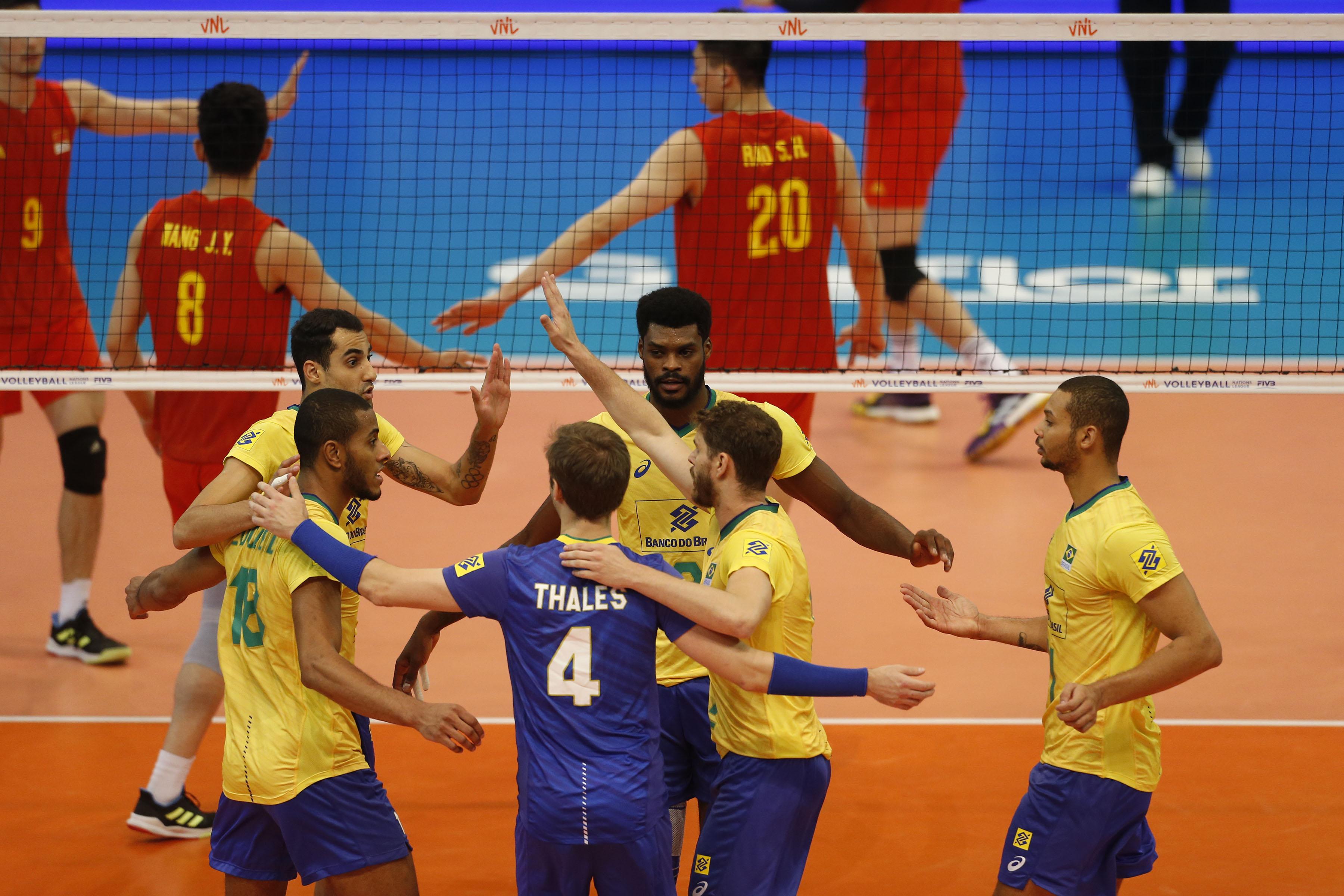 Brasil vence a China por 3 sets a 0