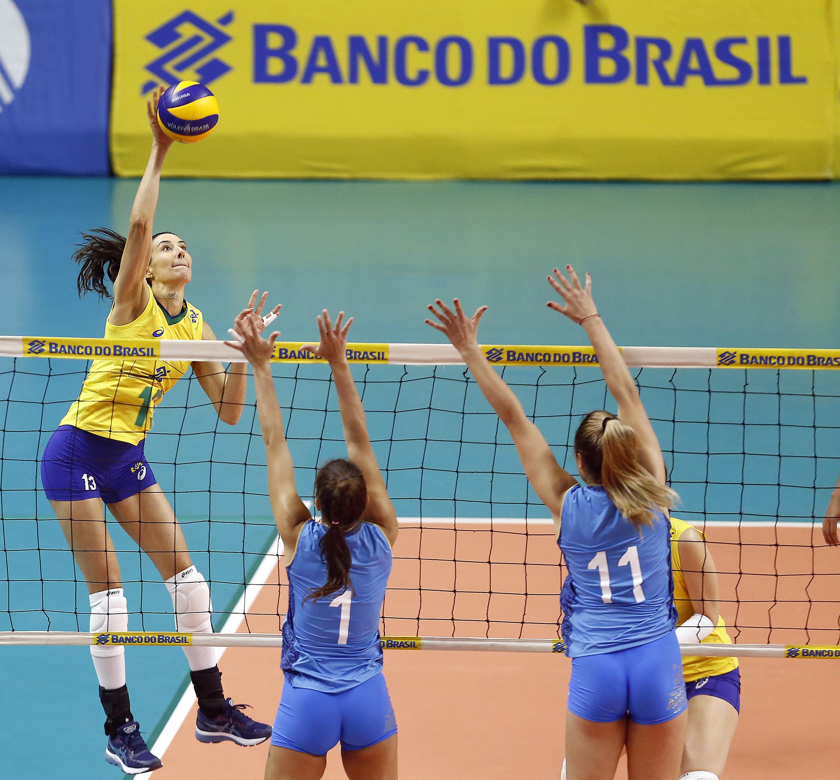 Brasil vence Argentina no primeiro amistoso em Suzano