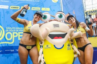 Carol Solberg e Maria Elisa conquistam o bicampeonato em Fortaleza (CE)