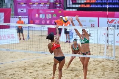 Carolina Horta e Ângela avançam à semifinal na etapa da China