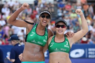 Com duas duplas femininas nas semifinais, Brasil tem medalha garantida em Ostrava