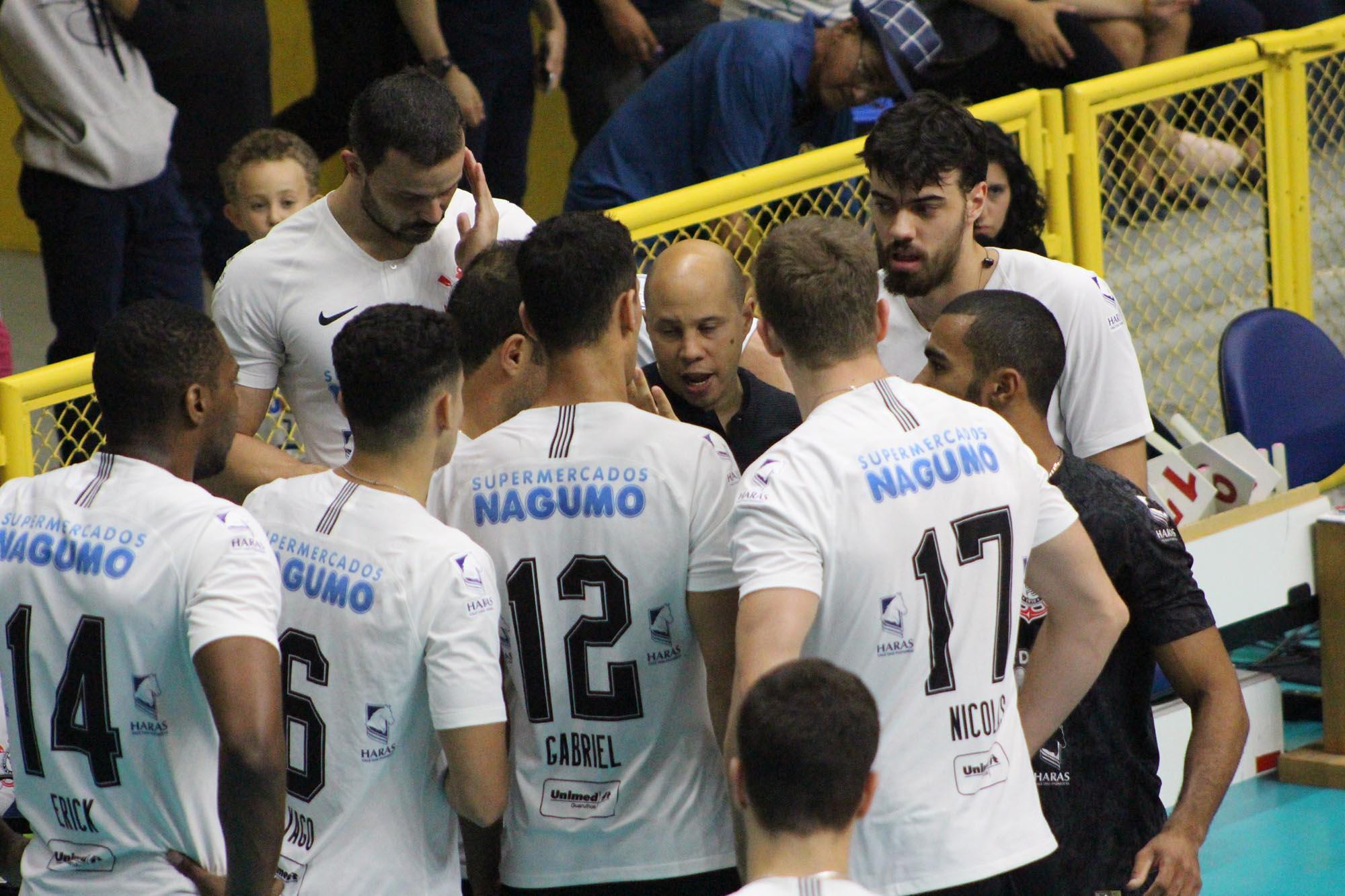 Corinthians-Guarulhos e São Francisco Saúde/Vôlei Ribeirão se enfrentam nesta sexta-feira