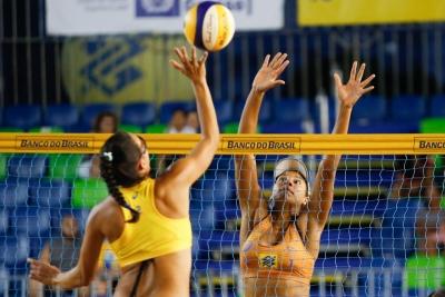 Definida fase eliminatória feminina em Cuiabá com dupla olímpica invicta