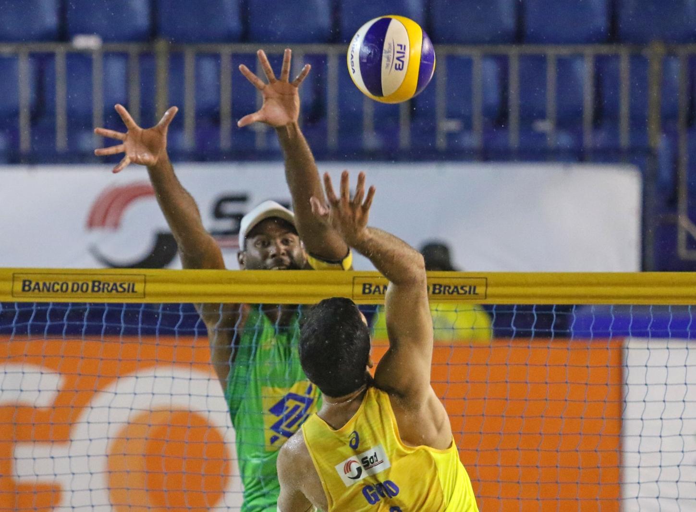 Duelo entre rubro-negros decide o título masculino em Ribeirão