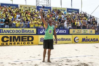 Duplas brasileiras representam o país na etapa de Camaçari (BA)
