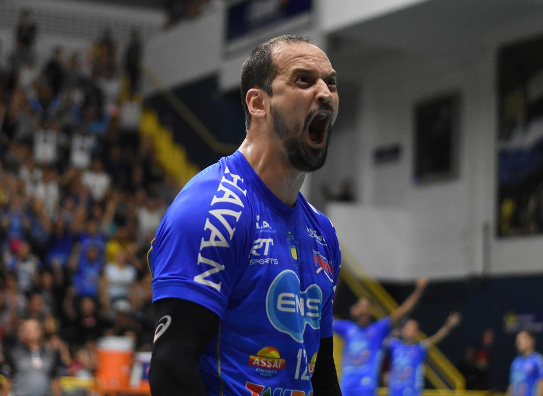 EMS Taubaté Funvic e Sada Cruzeiro se enfrentam em Uberlândia
