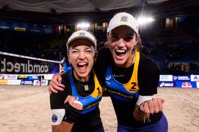 Fernanda e Bárbara Seixas levam o Brasil às quartas de final em Hamburgo