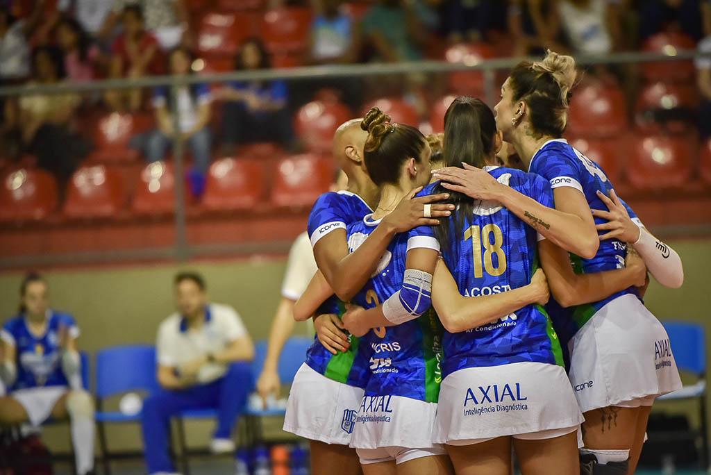 Itambé/Minas e Curitiba Vôlei abrem quinta rodada nesta segunda-feira