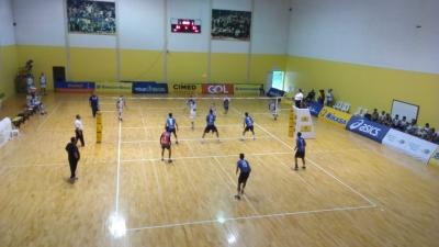 Maranhão vence duelo de invictos e assume liderança da tabela
