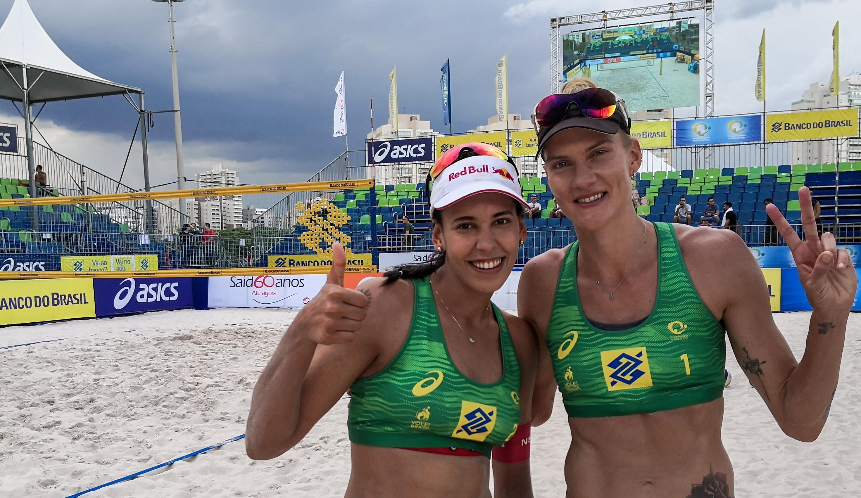 Mari estreia vencendo no vôlei de praia e avança com Duda em Ribeirão Preto