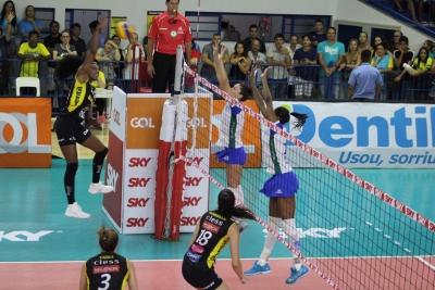 Minas Tênis Clube vence Dentil/Praia Clube e segue invicto