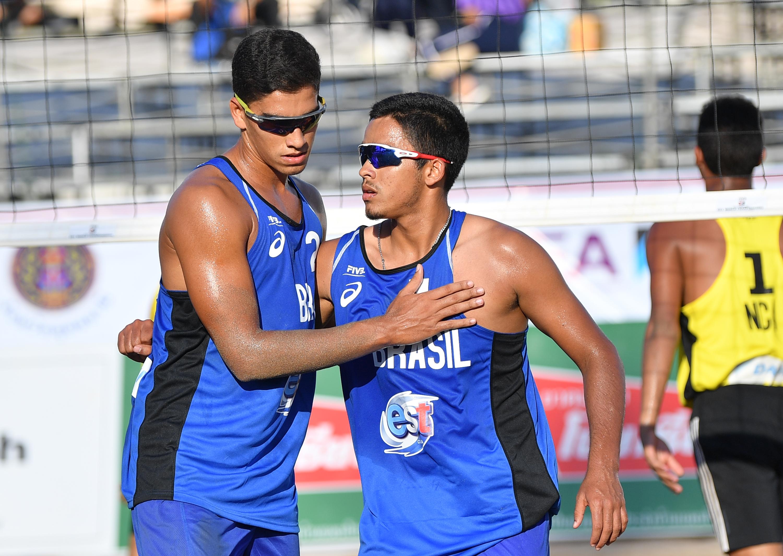 Rafael/Renato vai às quartas de final, e Vitoria/Victoria às oitavas na Tailândia