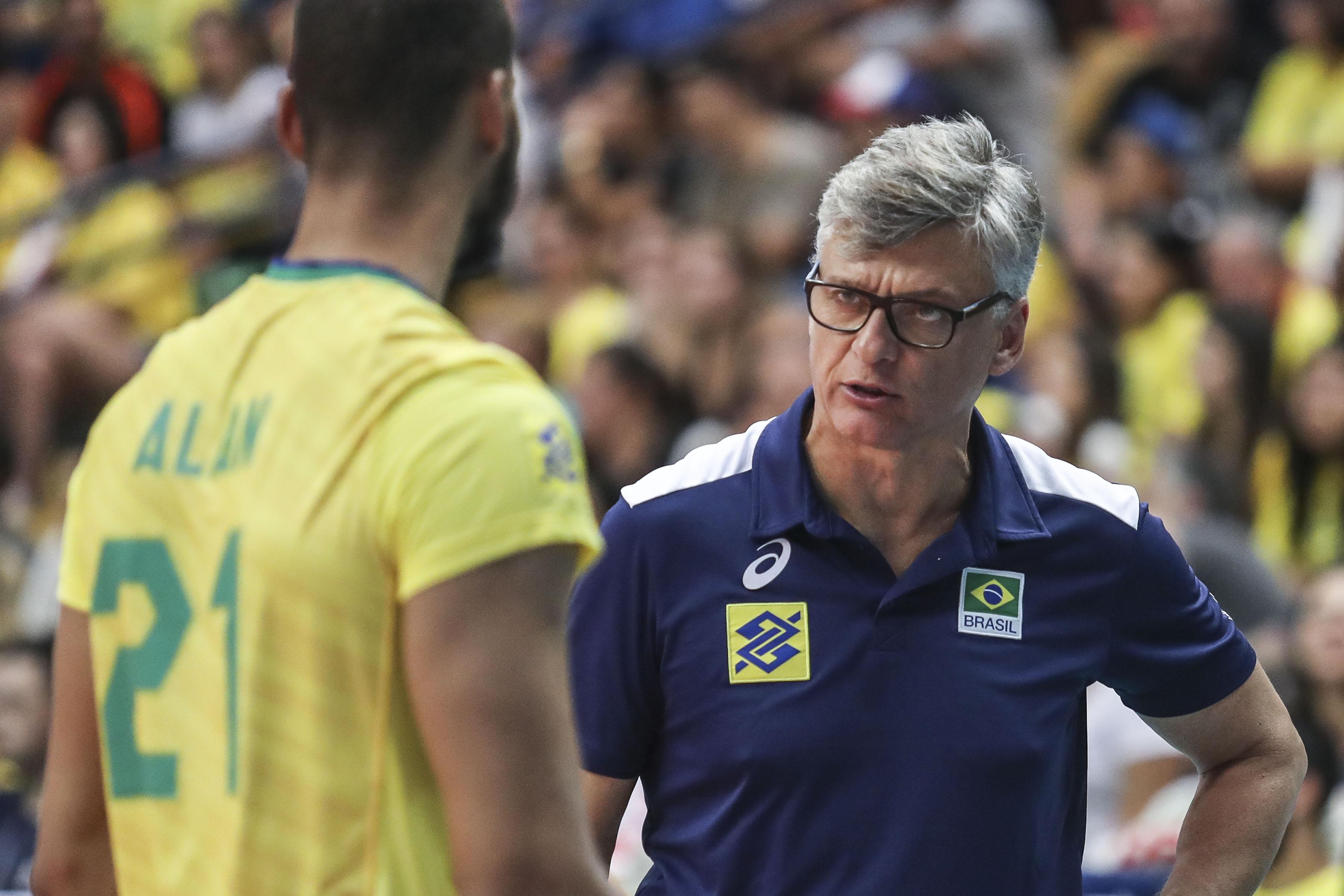 Renan convoca quatro atletas para o Sul-Americano e Copa do Mundo