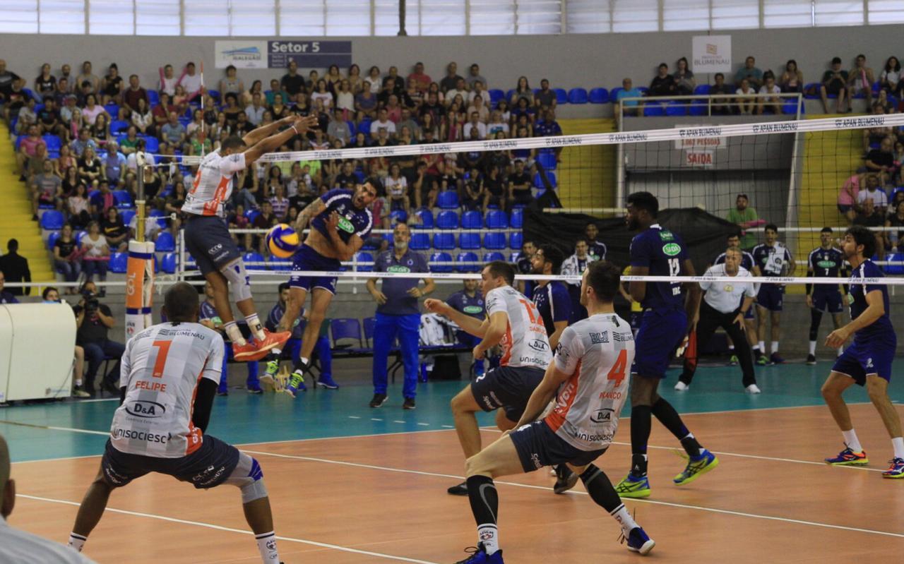 Sada Cruzeiro vence Apan Blumenau no retorno ao campeonato