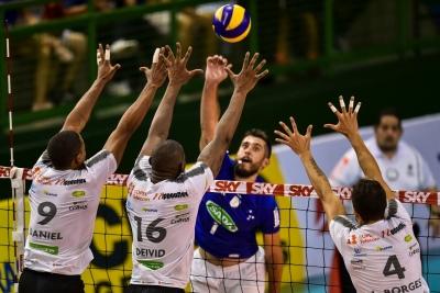 Sada Cruzeiro vence o Copel Telecom Maringá e sai na frente no playoff