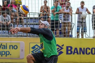 Semifinais do torneio masculino terão atleta da casa e nova dupla em Fortaleza