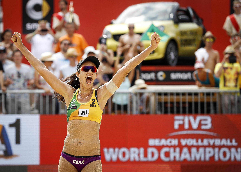 Talita revela desafios após maternidade, meta por Jogos de Tóquio e maior emoção na carreira