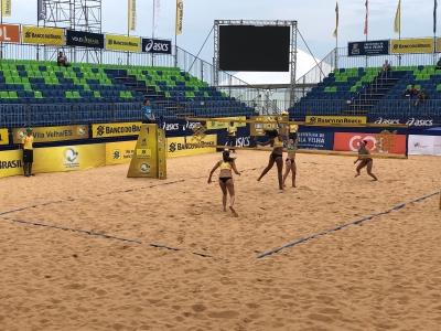 Torneio feminino em Vila Velha (ES) tem duplas definidas após qualificatório