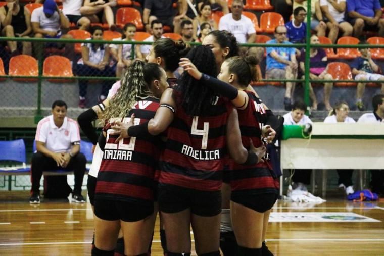 Valinhos, Flamengo, Maringá/Amavôlei e ADC Bradesco começam playoff com vitória