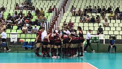 Valinhos e Flamengo começam playoff da semifinal com vitória