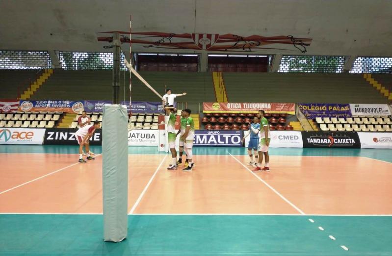 Acesita e Niterói vencem duelos estaduais da Superliga C no Rio de Janeiro