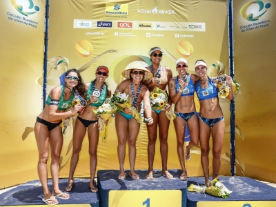 Ana Patrícia e Rebecca iniciam ano olímpico com título em João Pessoa
