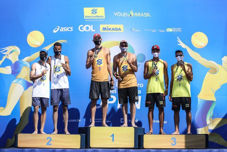 André e George ficam com o título na retomada do vôlei de praia nacional
