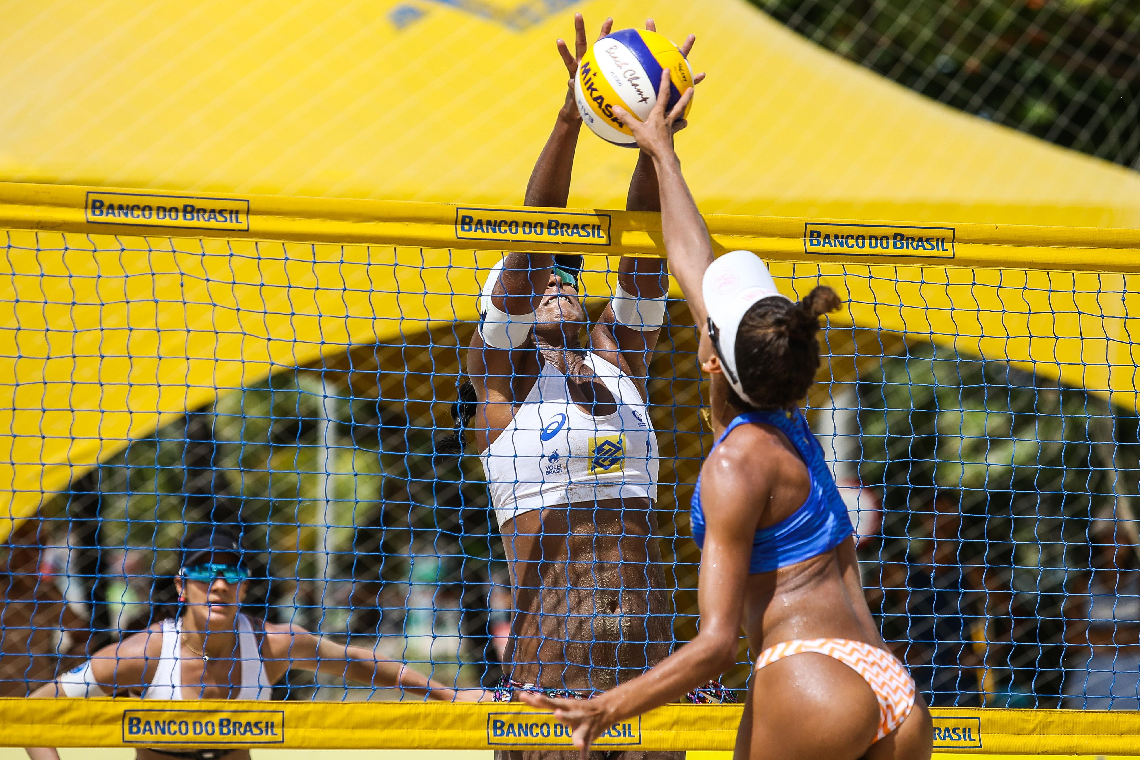Atleta da casa e novo time superam qualificatório feminino e avançam em Maceió