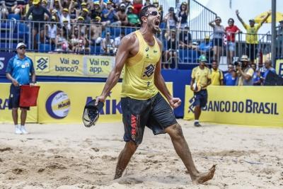 Campeão em 2019, Oscar reestreia dupla no retorno a João Pessoa