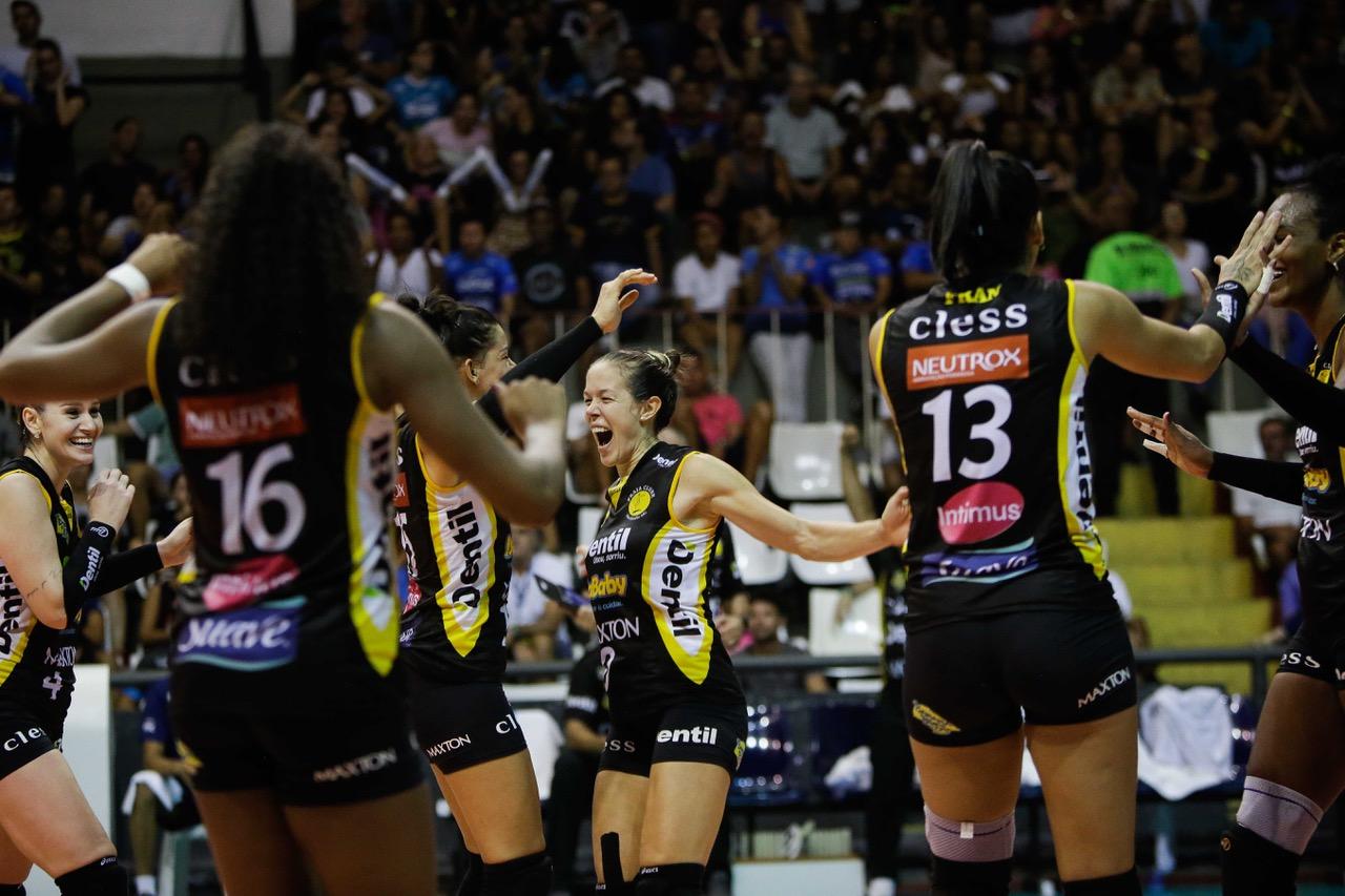 Dentil/Praia Clube vence Sesc RJ e segue na liderança