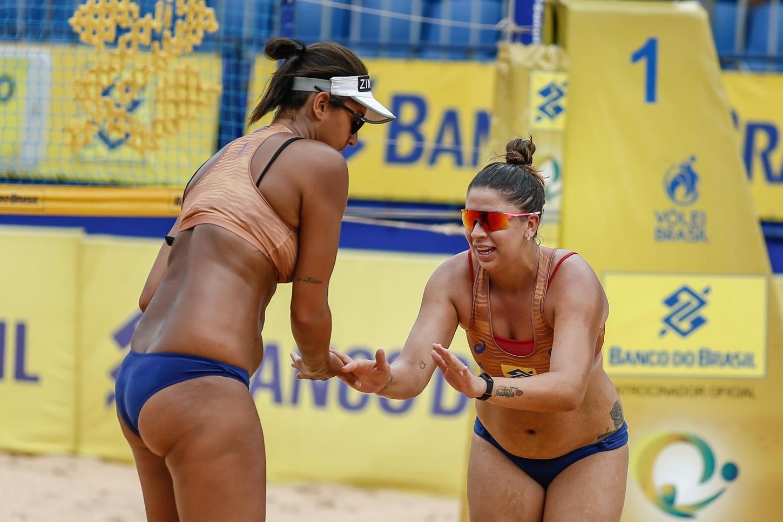 Dupla garantida em Tóquio e novos times vão às quartas de final no feminino