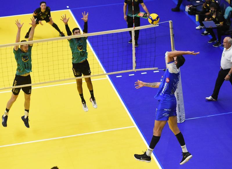 EMS Taubaté Funvic vence a sexta partida seguida e mantém liderança