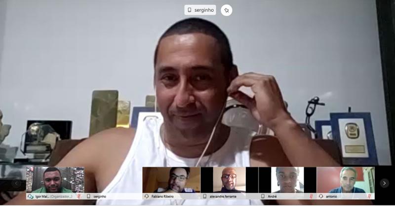 Ex-líbero Serginho troca experiências com atletas da sub-19?20200921105633