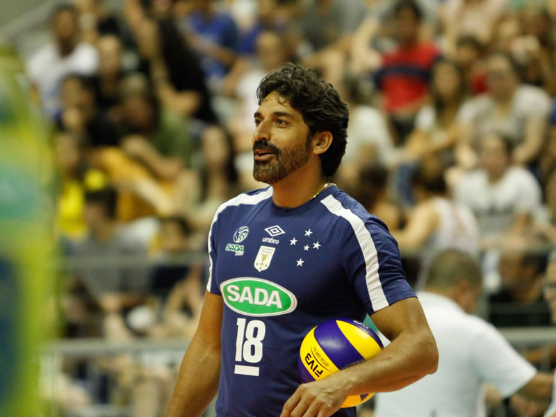 Filipe Ferraz celebra 10 anos de Sada Cruzeiro