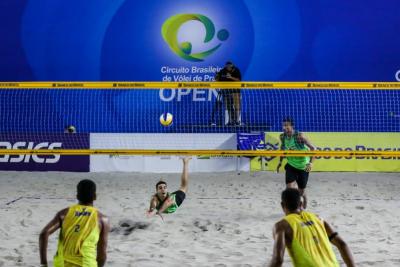 Final masculina terá atuais campeões nacionais contra dupla estreante