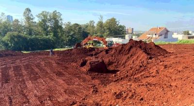 Obras do Centro de Excelência de Vôlei de Praia de Maringá são iniciadas