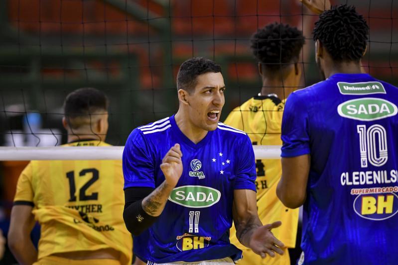 Sada Cruzeiro, Azulim/Gabarito/Uberlândia e Vôlei Renata vencem