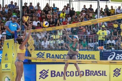 Sergipanas largam bem em Aracaju; Mari e Paula Pequeno estreiam no circuito