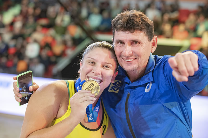 Técnico Reis Castro fala sobre Tóquio-2020 e proximidade do 100° título de etapa brasileira