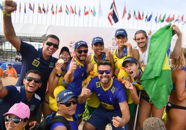 Título do Mundial Sub-21 completa um ano em marca inédita no mundo do vôlei