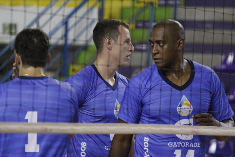 Anápolis Vôlei e Brasília Vôlei/Upis fazem primeiro duelo das semifinais nesta quinta-feira