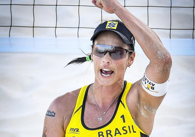 Brasil começa bem em Cancún, e Ágatha/Duda e Taiana/Talita já estão nas oitavas