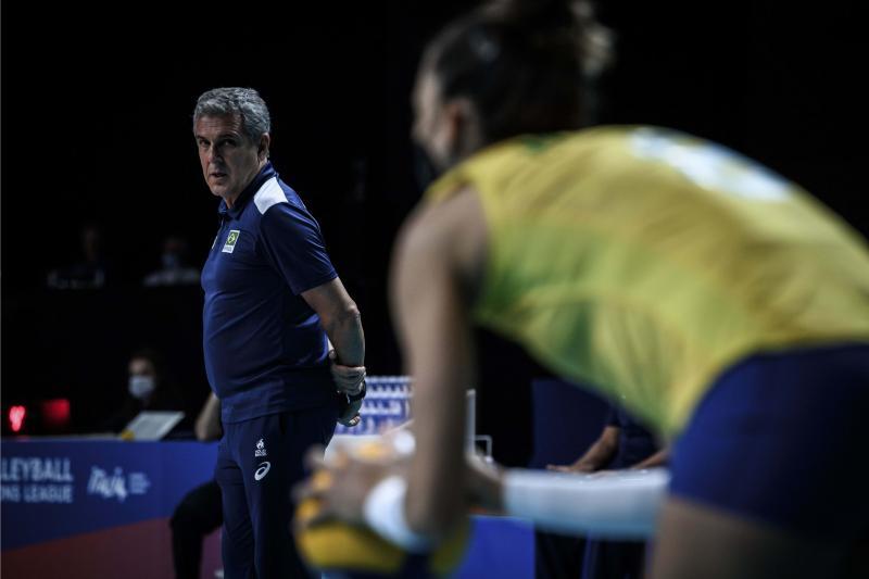 Brasil embarca nesta segunda-feira para Tóquio