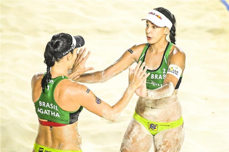 Brasil vai às quartas em Cancún com Ágatha/Duda e Alison/Álvaro Filho