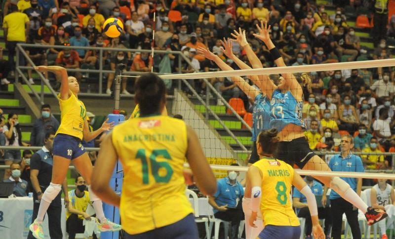 Brasil vence Argentina e consegue segunda vitória