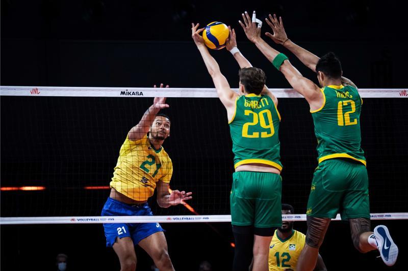 Brasil vence Austrália e encerra quarta rodada na liderança