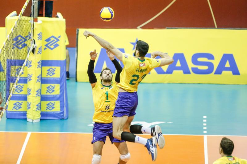 Brasil vence Chile e mantém invencibilidade