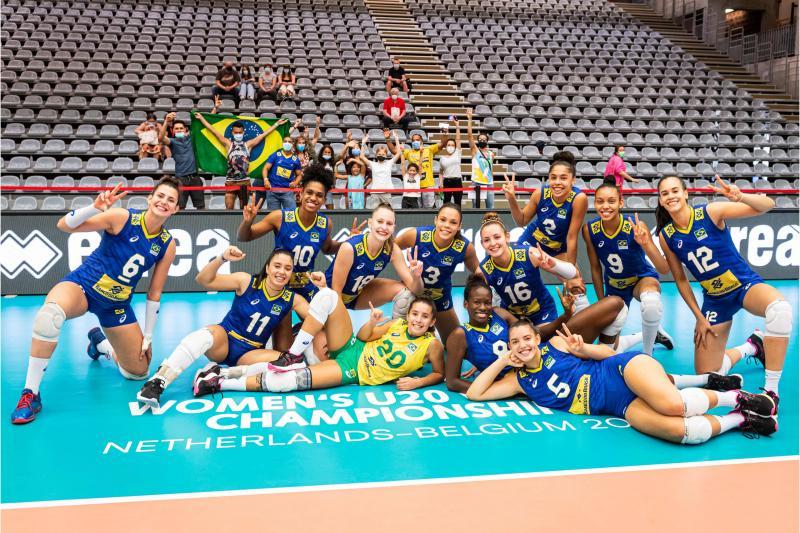 Brasil vence República Dominicana e encerra participação em sétimo lugar
