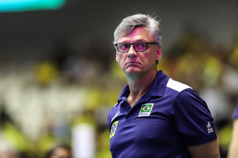 CBV confirma teste positivo do técnico Renan